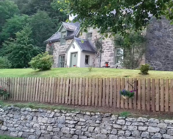 Balmore House in Strathglass