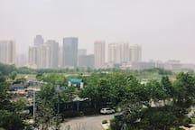 西海岸全新Loft/可住4-5人/金沙滩/传媒广场/人民公园