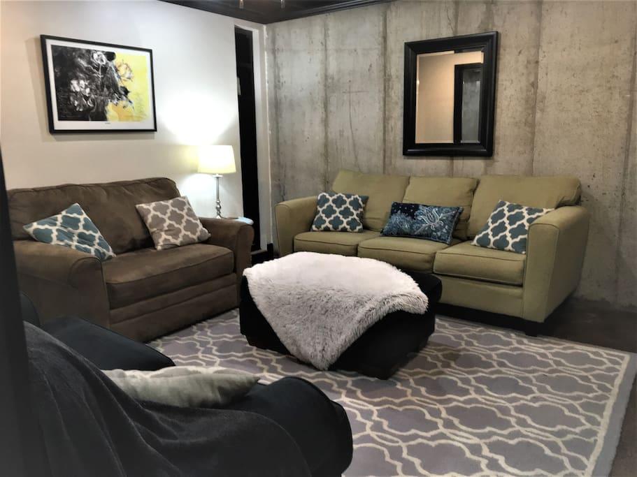 Sofa & XL chair with sleeper
