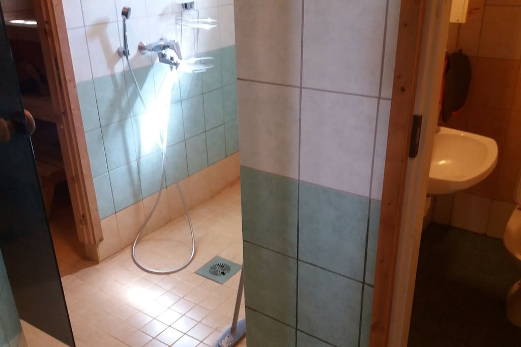 Huoneistossa myös sauna