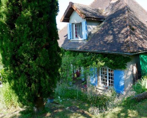 Le charme d'une maison d'amis Cluny-Taizé-Tournus