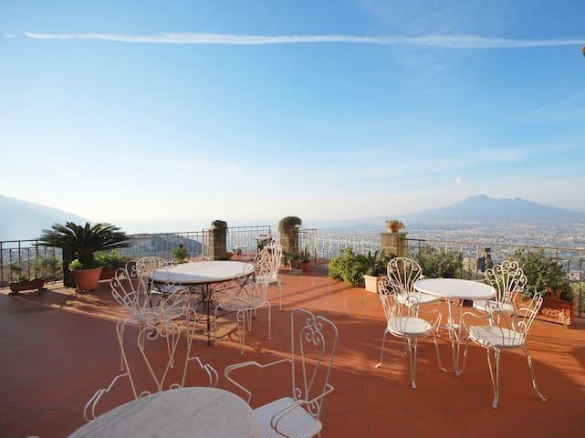 Villa Varone Terraces-Napoli, Pompei and Sorrento