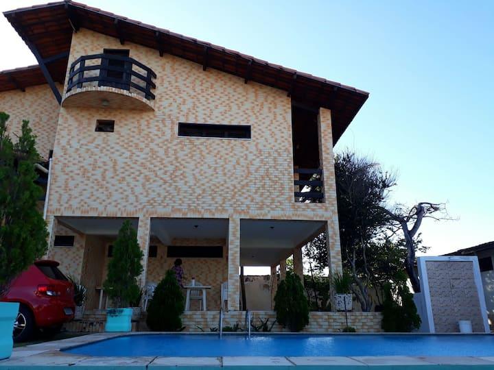 Casa no Porto das Dunas, a praia do Beach Park.