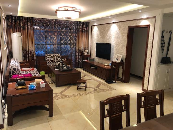 中润华侨城中式豪华两居室