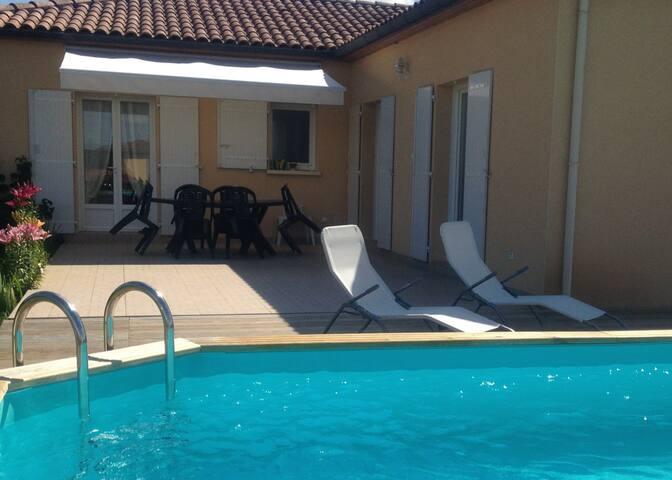 La maison du Pesquier 8/10 Personnes Piscine WIFI - Saint-Crépin-et-Carlucet - Hus