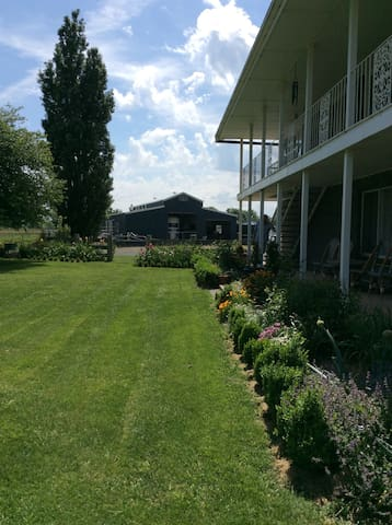 Taranaki Stables Home Stay, - Blayney - Dom