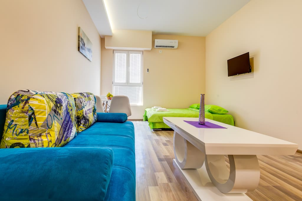 There is space for accommodation of up to 4 people at our apartments. One double bed is always prepared for those who feel lazy to make it every day. For those who are not that lazy, there is a sofa. Linens and towels in private bathroom are changed regularly.
