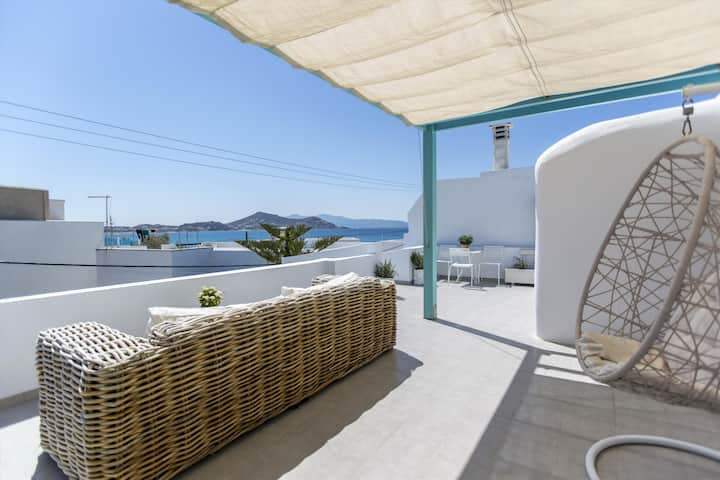 Naxos Town Sea View Apartment