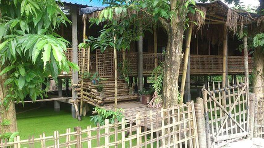 La Maison de ananda_Aporajita