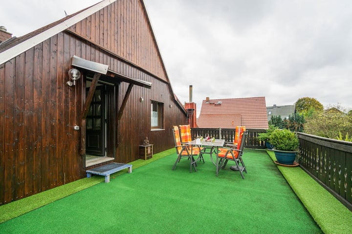 Cozy Apartment in Lichtenhain with Garden