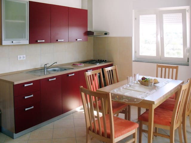 Apartment Haus Ea for 6 persons
