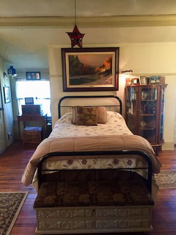 Full size comfortable bed with clean linens. We have also added an additional full size mattress under the bed that can be pulled out and utilized for additional guests (fee applies as detailed in booking information).