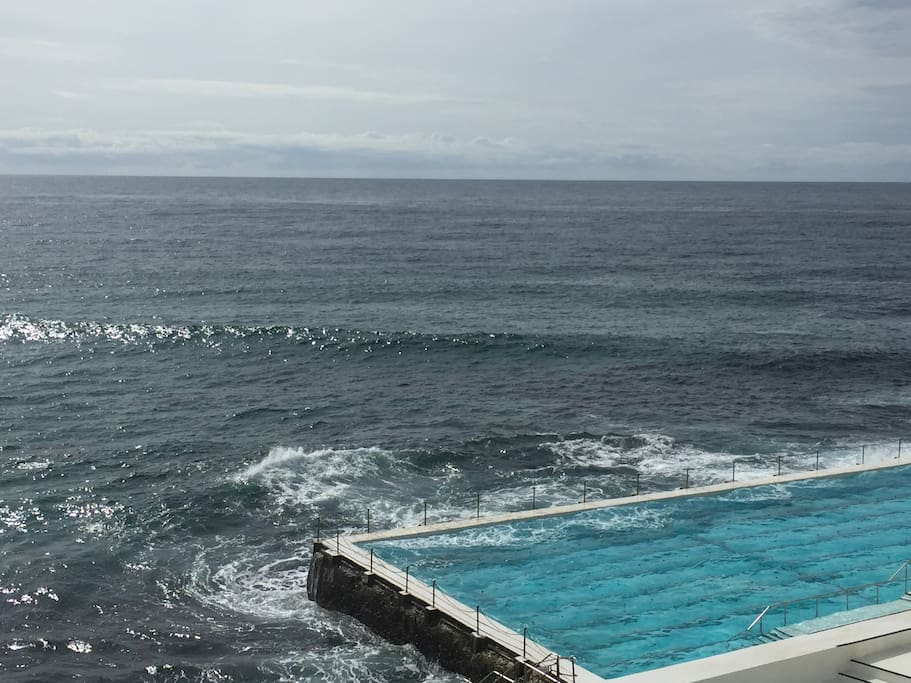 Local Icebergs pool