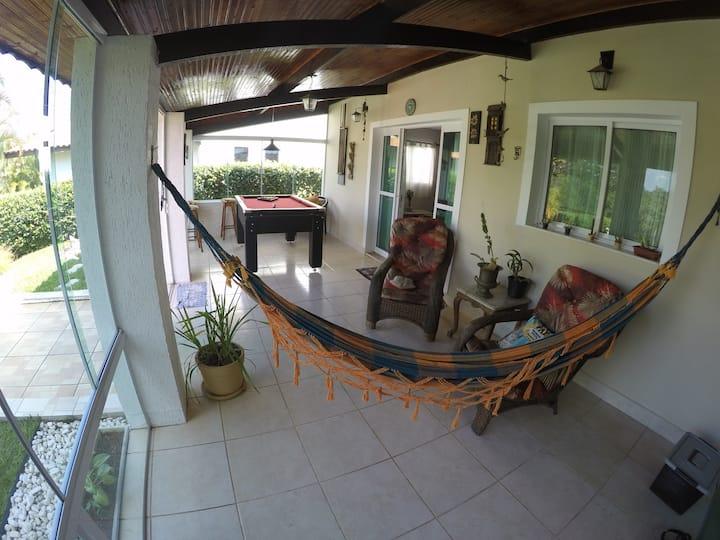 Descanso e/ou Home Office no Colinas de Ibiuna