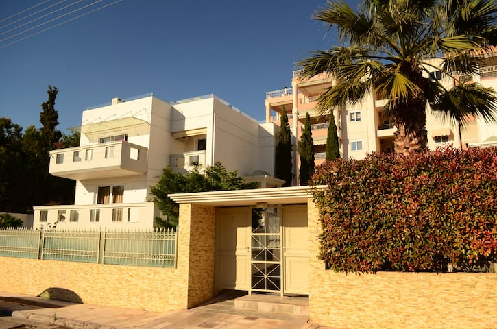 AthensLuxuryVILLA1