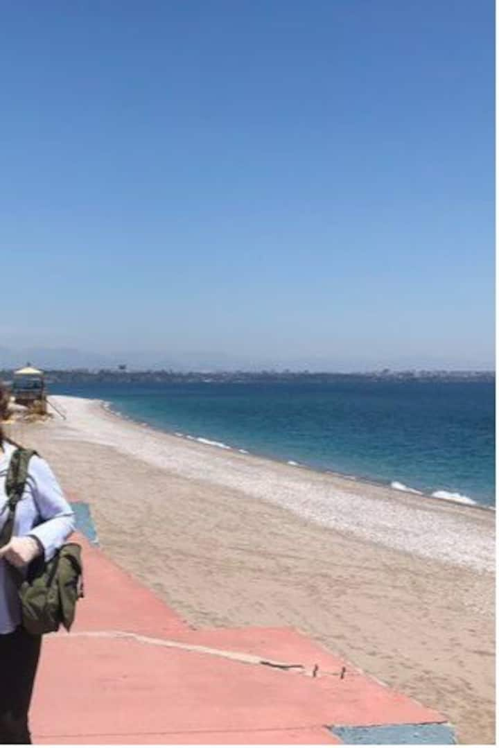 Plaja 200 m hem tatil hem şehir konforu