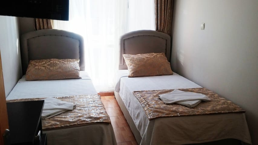 Welcome to the city of love s10 - Foça - Bed & Breakfast