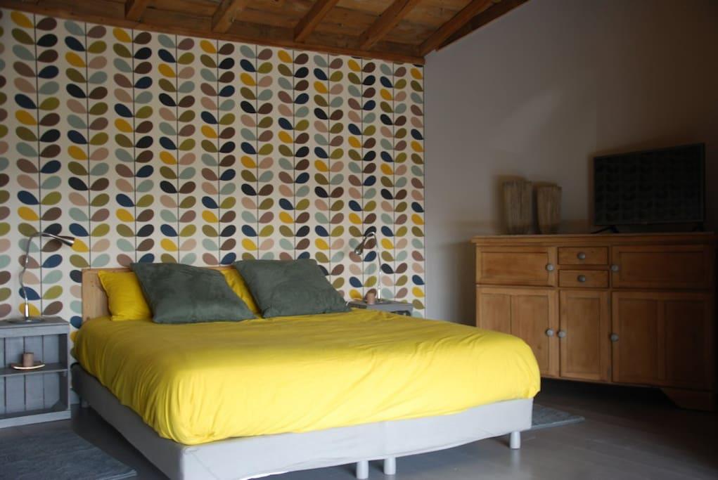 La chambre jaune - lit 160