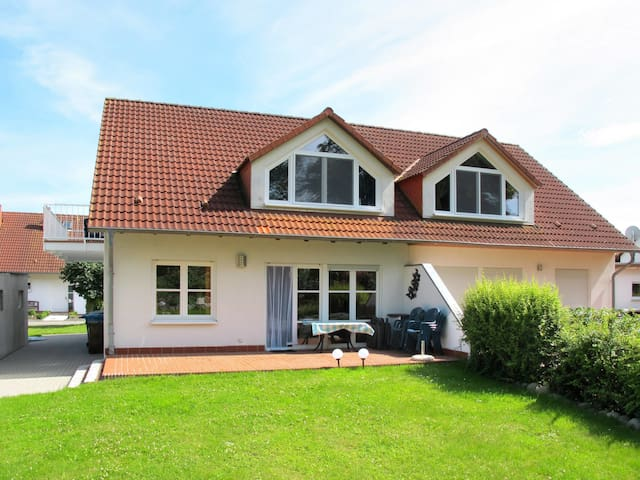 Cozy, well equipped holiday house with lovely garden