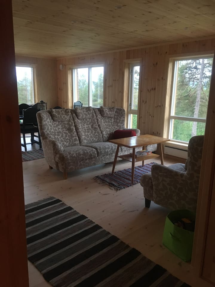 Frittliggande ny hytte på Bergset i Stryn