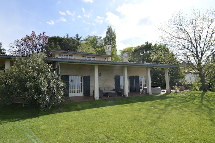 Spacious Villa in Gemmano with Garden