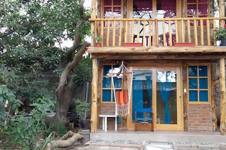 "cabaña ""ARRAYAN"" - Otavalo-Ecuador - Otavalo - Blockhütte"