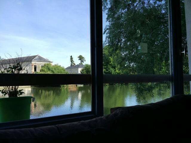 Charmant appartement bord de l'eau - Sablé-sur-Sarthe - Apartamento