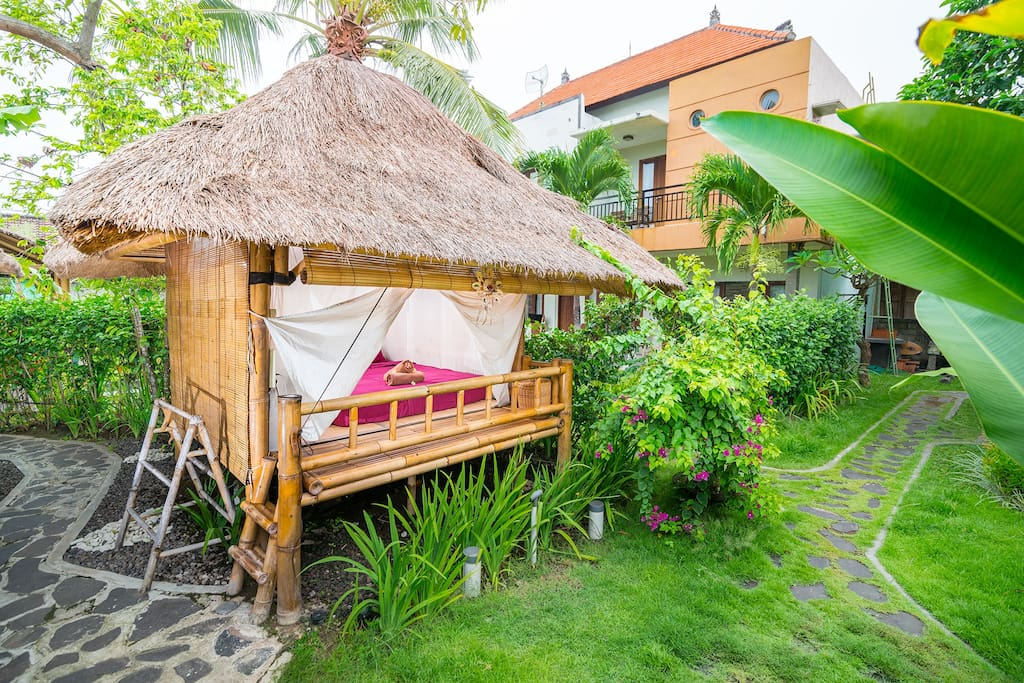 The bamboo huts and bathroom surrounds