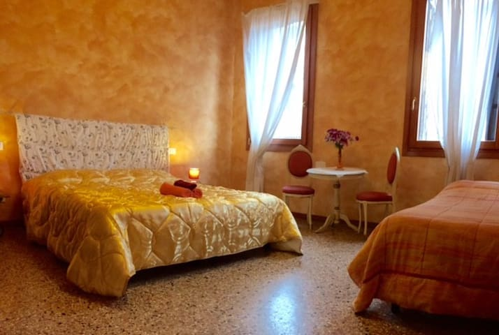Triple Room in Venice City Center