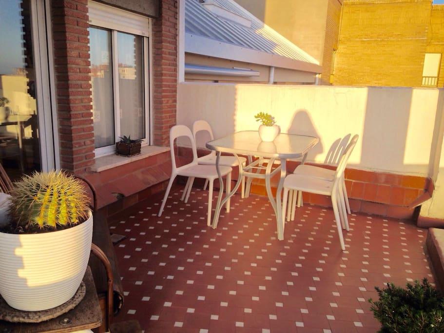 Peque a habitaci n acogedora y muy soleada apartamentos en alquiler en val ncia comunidad - Loquo valencia alquiler habitacion ...