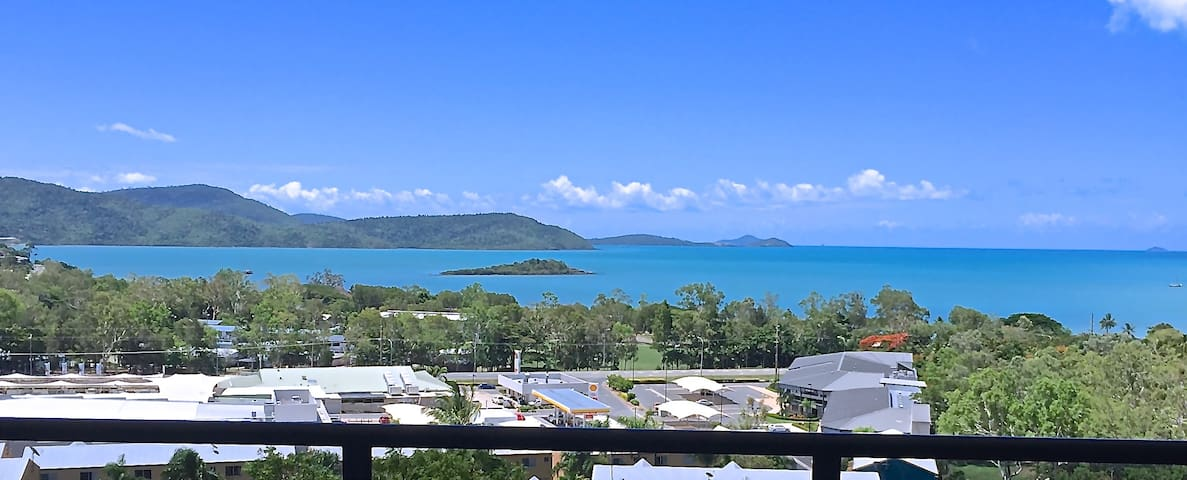 Sea view Luxury Apartment 8 - Cannonvale - Pis