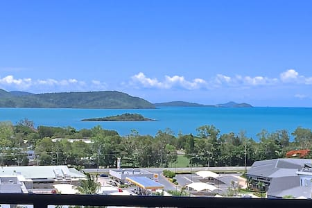 Sea view Luxury Apartment 8 - Cannonvale
