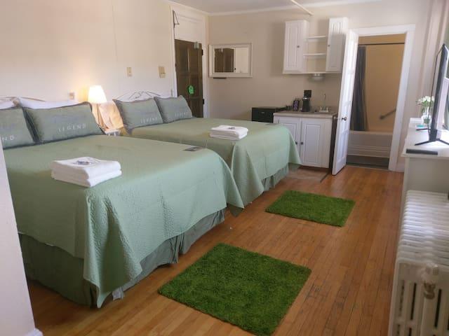 Hotel Room at Hotel Harris