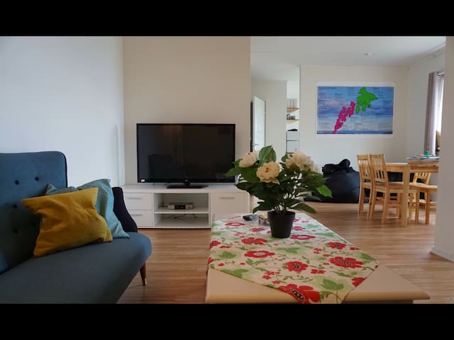 Apartment 10 min from Leknes,Lofoten. Oceanview.