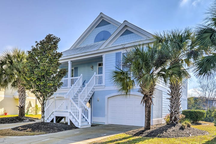 NEW! Surfside Beach Home w/Lake View + Golf Carts!