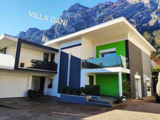 Appartamento in centro Riva del Garda suite Ari