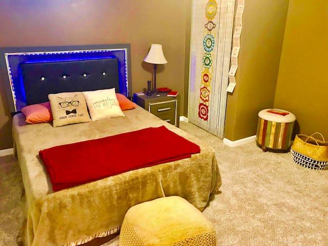 Bedroom number 3 downstairs Queen