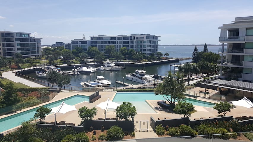 Gold Coast Marina Views - Hollywell - Leilighet