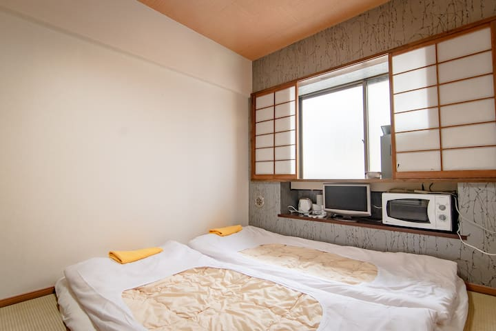Japanese Style TATAMI room in Shinjuku