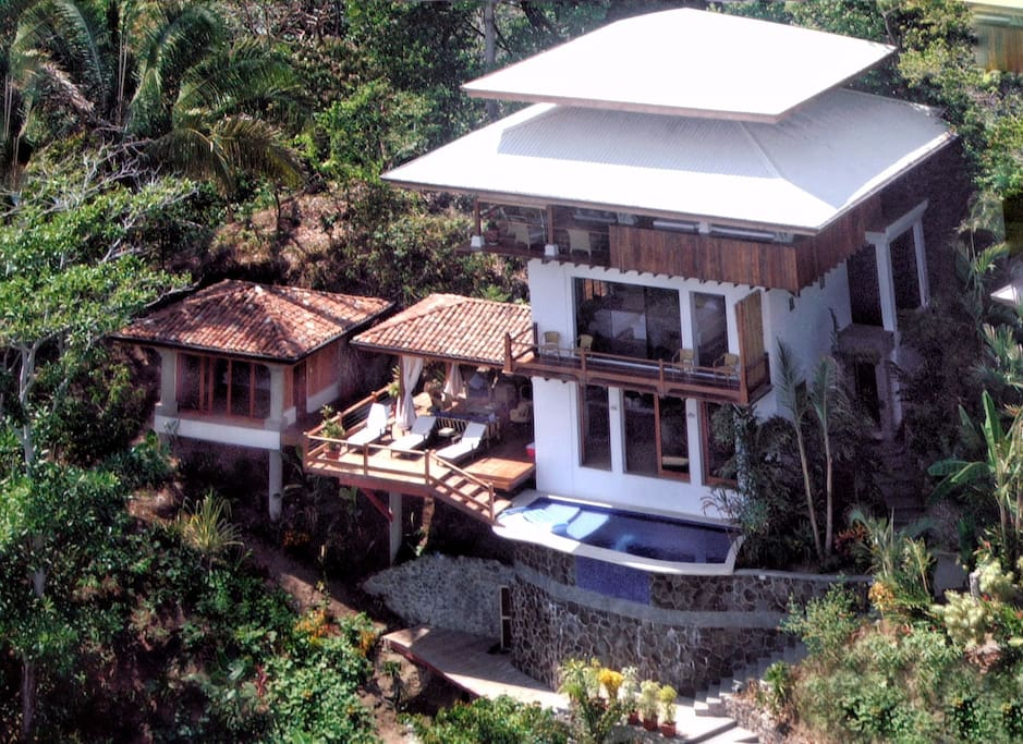 Casa samba amazing house with a view houses for rent in for Costa rica rental houses