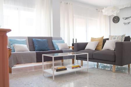 Apartamento céntrico con WIFI y A.C. - Torrox - Apartemen