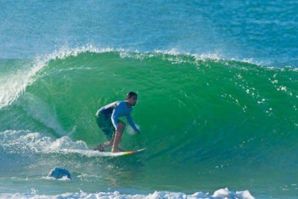 Solemar, uma das praias de jacaraípe (melhor pico p surf)