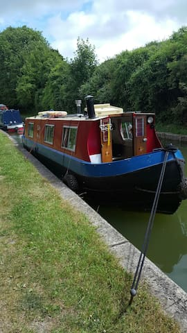 Lilly Ann 35 foot Narrow Boat - Tring - Vaixell