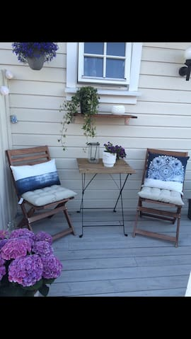 Cozy self contained apartment close to town - Arendal - Apartament