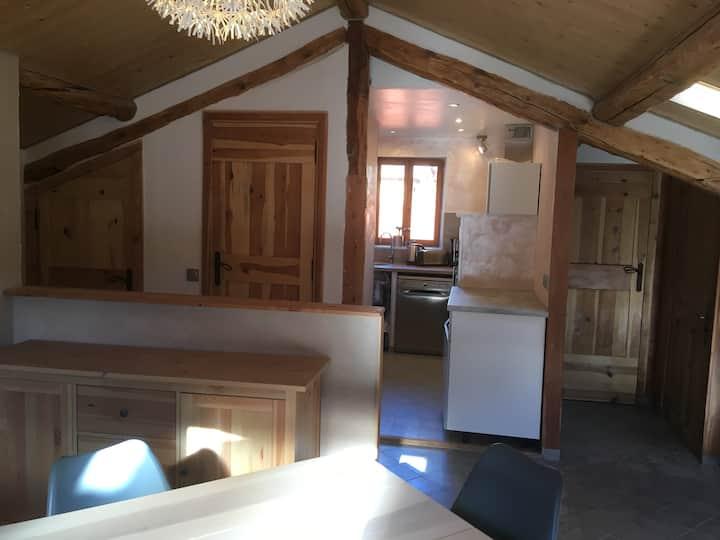 Appartement charme, lumineux - St Martin Vésubie