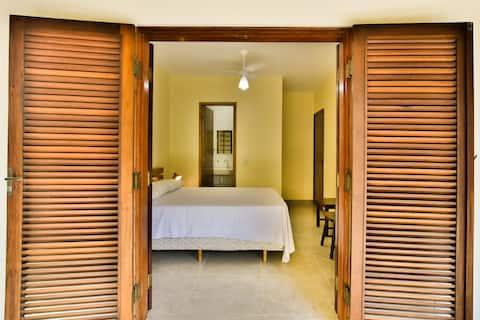 Suite 3 - Casal com Varanda - Pitanga Suítes