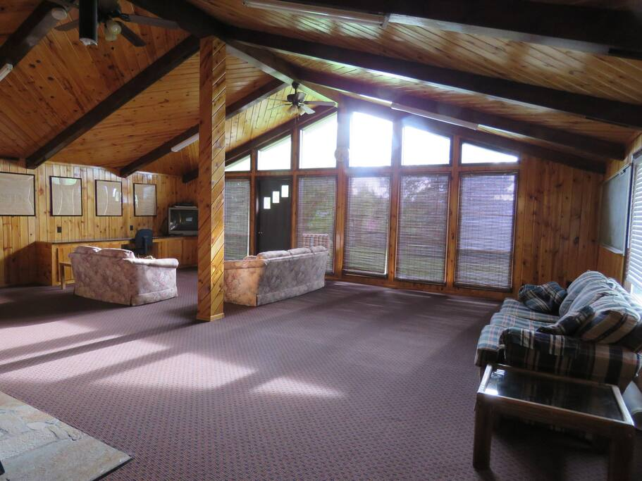 Lots of space to relax and/or socialize!