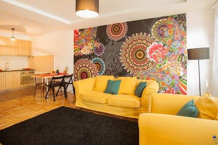 MIA - Lägenhet
