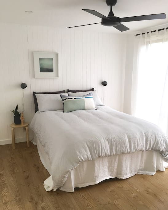 Beautiful Australian brands fill the Cabin, including Cultiver Linen which is used for our guests with the opportunity to purchase at the end of your stay