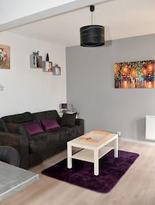 studio refait a neuf dans residence de standing - Chamalières